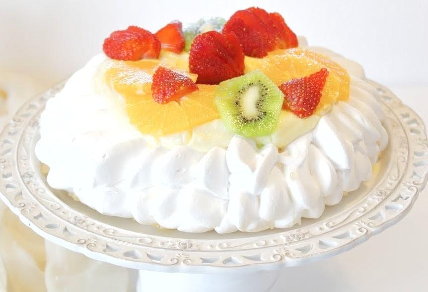 Pavlova ai frutti