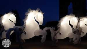 cavalli di luce a vaux le vicompte