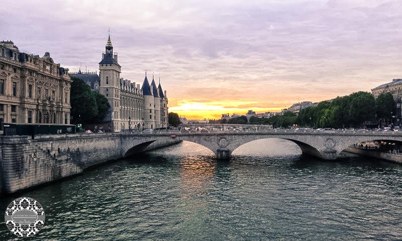 Parigi vista dalla Senna