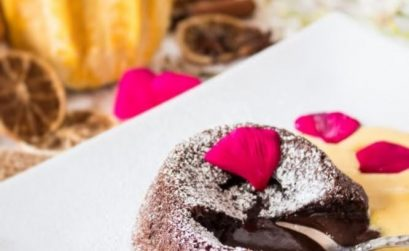 Tortino al cioccolato e Grand Marnier dal cuore caldo con crema inglese alla zucca e cannella ricetta-01