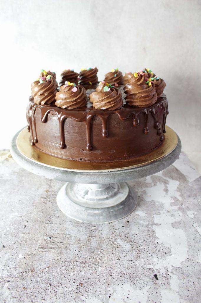 Torta umida al cioccolato senza burro ricetta